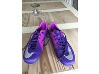 Nike moulded football boots size 5 (38)