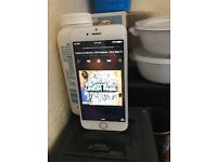 iPhone 6 on o2 16gb excellent condition reset before selling