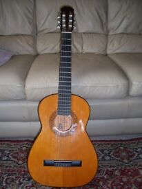ACOUSTIC GUITAR BM CLASICO MADE IN SPAIN COMPLETE WITH CARRYING CASE