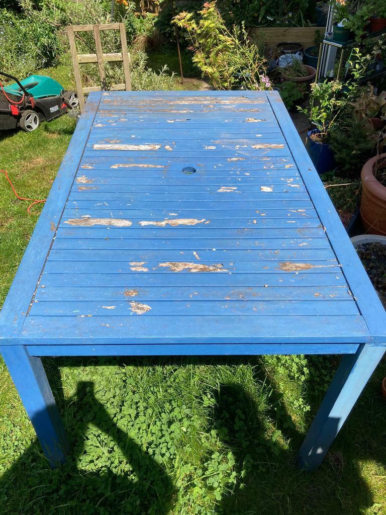 FREE!! Garden table