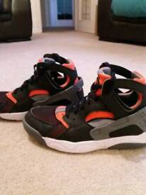 Nike Huarache trainers size 5