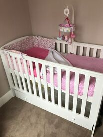 Mamas and Papas cot with draw