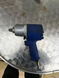 Blue point half inch air gun