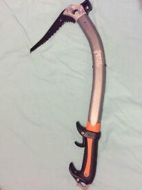 Petzl Quark ice axe with hammer