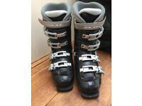 Ski boots Salomon 8.8 size 8-9