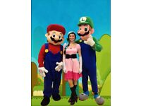 Face painter with themed costumes and Balloon modelling - London face painting balloon modelling