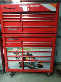 LARGE SNAP-ON TOP BOX/ROLL CAB - KRA 2208 AND 2212 (EX CONDITION)
