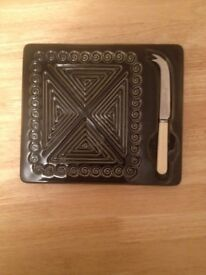 CHEESE BOARD WITH KNIFE, COLLECTIBLE ITEM,