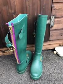 Ladies size 7 Steve Madden Wellington boots