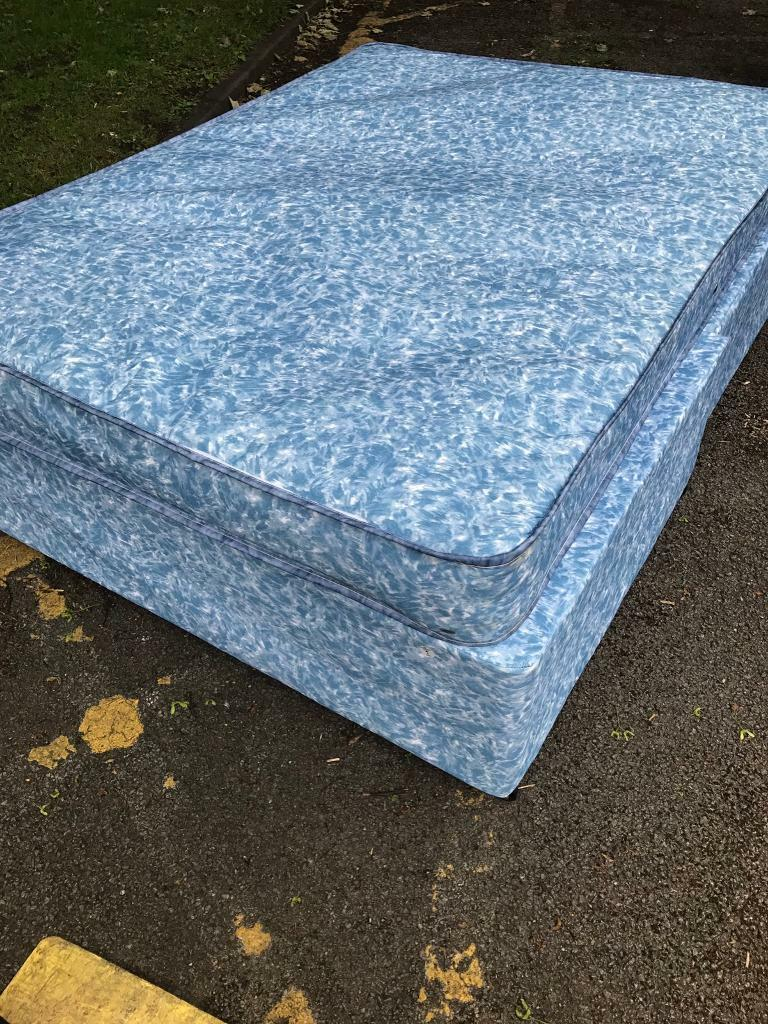 Double Divan MattressBase Lightly Usedin Smithdown Road, MerseysideGumtree - We have in stock (Each)Quality used office furniture in good conditionEachBuyer can collect or we can can arrange delivery at additional costCall/txt/emailAndy on07711 965422OrCath on07521072293OrCall/txt/email