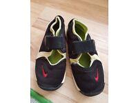 Nike rifts infant size 9.5