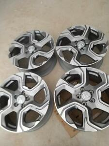 BRAND NEW FACTORY OEM  HONDA CRV  18 INCH ALLOY RIM SET OF FOUR .NEVER MOUNTED.