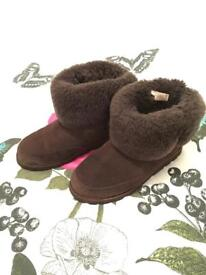 Brown shanleigh ugg boots
