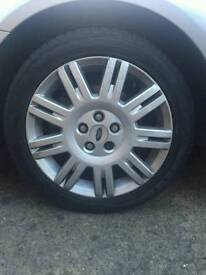 17inchFord Mondeo alloy wheels. 5×108 fitment