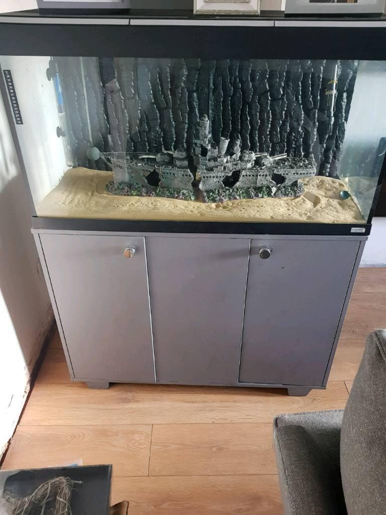 Fluval Roma 200 fisk tank