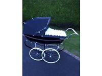 Silvercross baby balmoral coach built pram