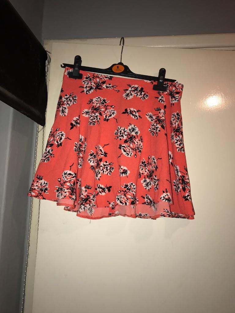 Womens orange shirt, size 8in Reading, BerkshireGumtree - Womens orange skirt, size 8. From Primark, worn but in perfect condition. Gorgeous skirt perfect for summer, would love to see this item sold! High waisted with zip at back