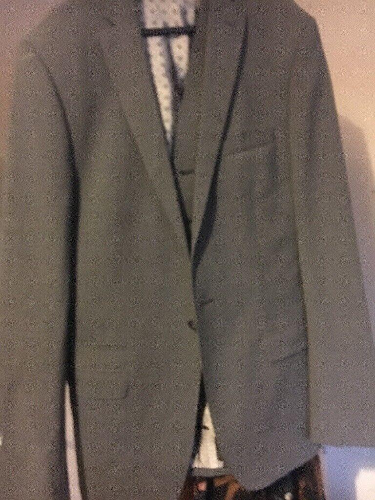 Grey Remus suit