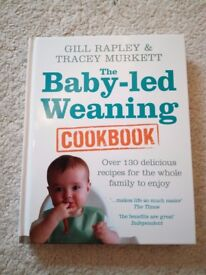 Baby Led Weaning Cookbook by Gill Rapley - Hardback excellent condition
