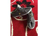 Men's Lyle & Scott grey canvas shoes size 9