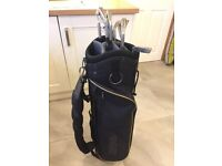Hippo Golf Bag as new with free set of irons, Black