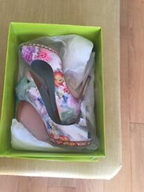 TED BAKER floral shoes