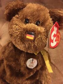 """""""Champion"""" 2002 FIFA Beanie Baby bear - Germany"""