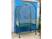 Large parrot / parakeet cage