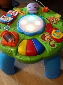 Leapfrog activity play table
