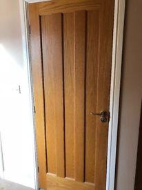Oak Veneer Wooden Doorwith hinged and handle