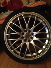 17 ins alloy wheels