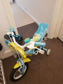 Child's bike with stabilizers.