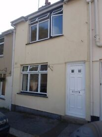 TRURO Centre - 2 bed - mid terrace