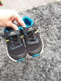 Kids trainers uk9 £2