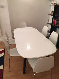 White table with 6 chairs #HERUARSALES