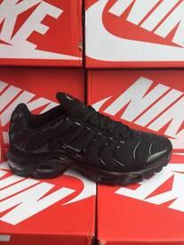 Nike T.N