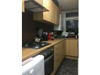 Beautiful One Bedroom First Floor Flat to Let on Cranbrook Road Ilford IG1 4TD