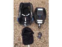 Maxi Cosi Cabriofix car seat, Maxi Cosi Isofix and car seat cushions