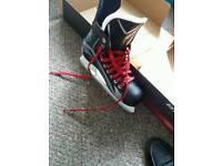 Ice hooky skates