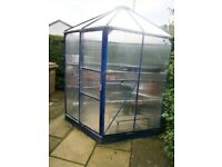 POLYCARBONATE HEXAGONAL GREENHOUSE