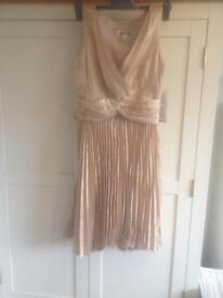 NEW GOLD PARTY DRESS SIZE10