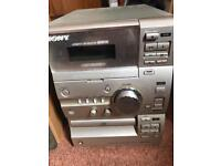 Sony CD/tape player - 2 speakers (model CMT CP11)