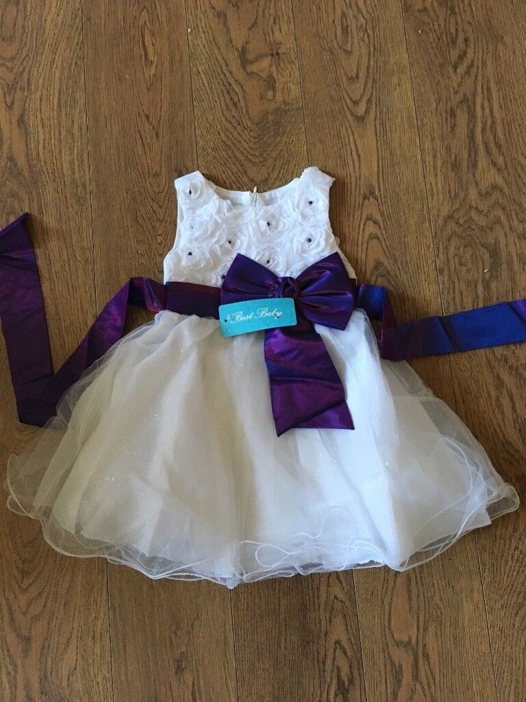 Brand New White And Purple Flower Girl Dress In Hull East Yorkshire