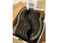 Men's work boots steel toe cap safety shoes size 10 arco