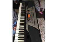 Yamaha keyboard like new