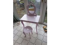 Princess style dressing table and stool