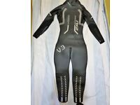 2XU-V3 VELOCITY WOMEN'S WETSUIT-SIZE M-BRAND NEW(WITHOUT BOX)