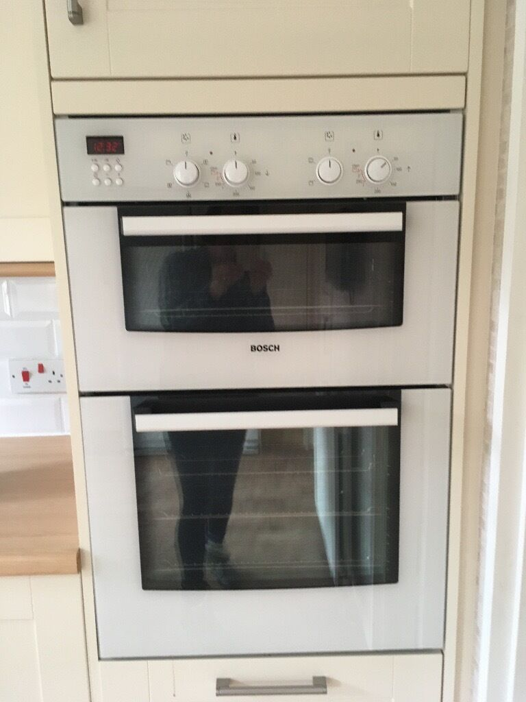 Bosch White Double Oven
