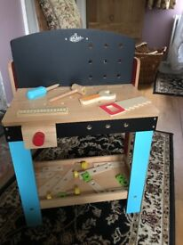 Wooden play/toy work bench with tools EXCELLENT CONDITION