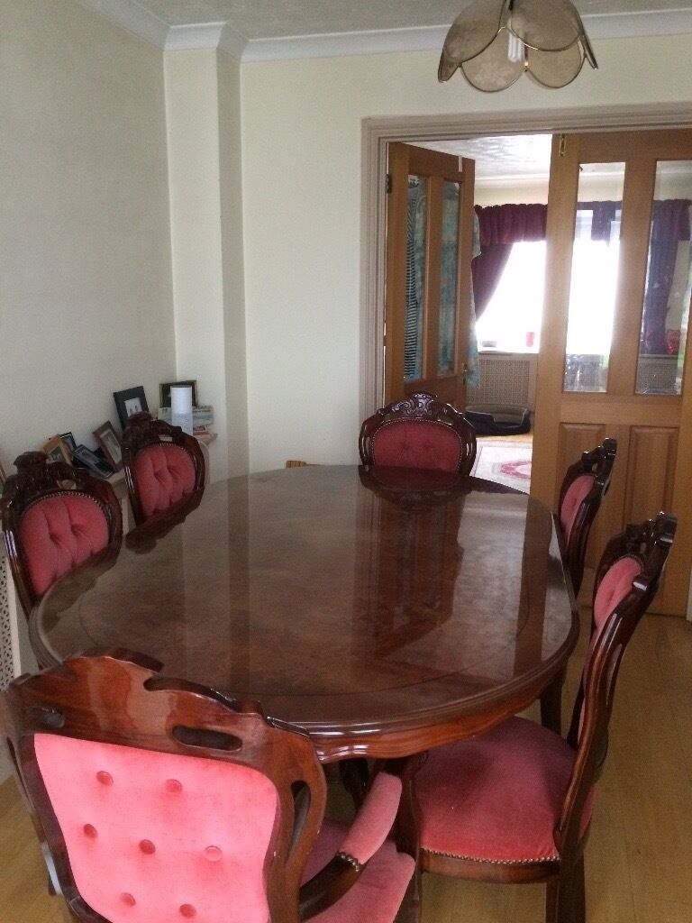Dining Table 4 Standard Chairs 2 Arm Base Cabinets 1 Sit On Glass Cabinet